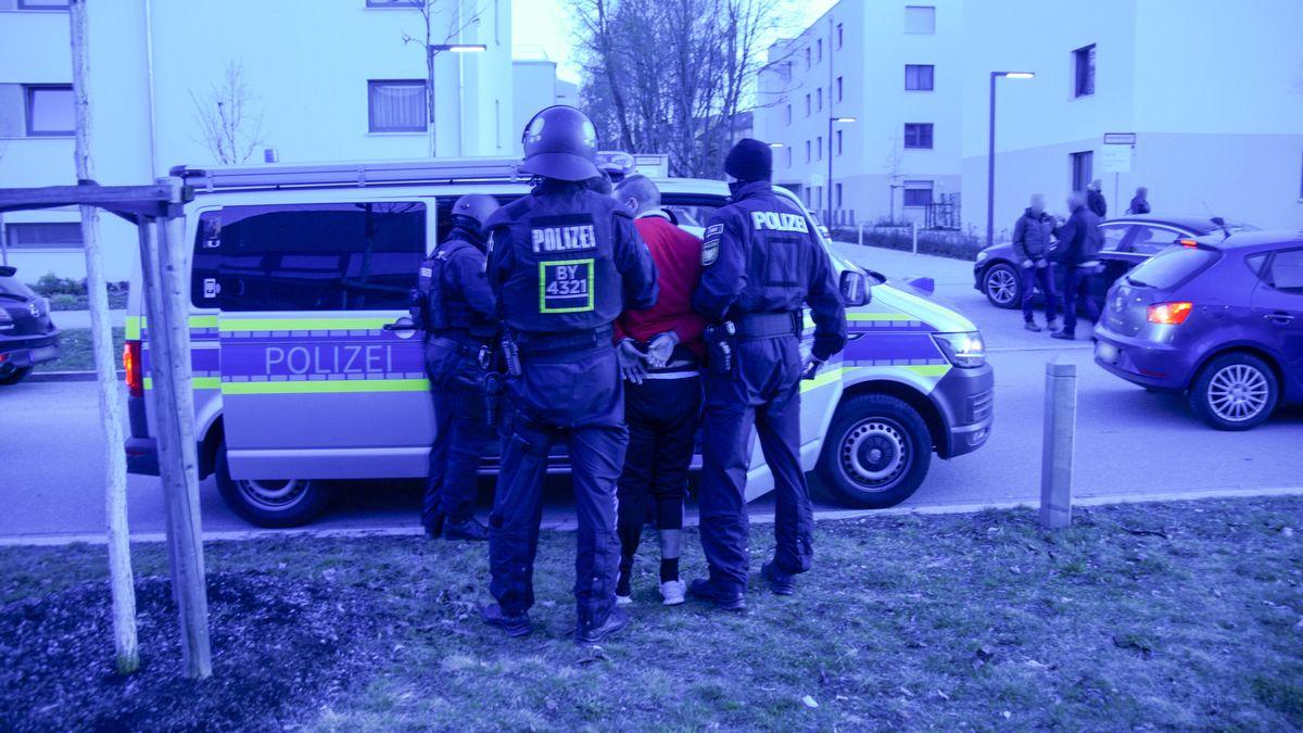 Festnahme des Tatverdächtigen.