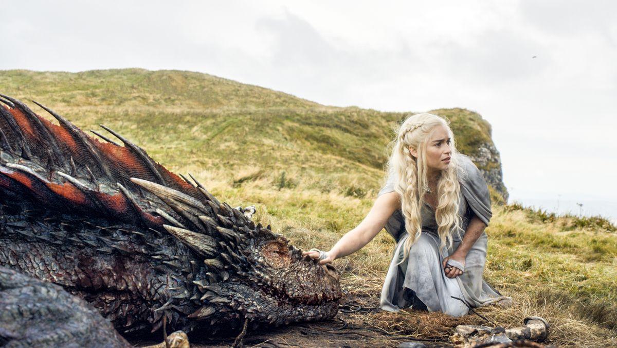 "Emilia Clarke in einer Szene in ""Game of Thrones""."