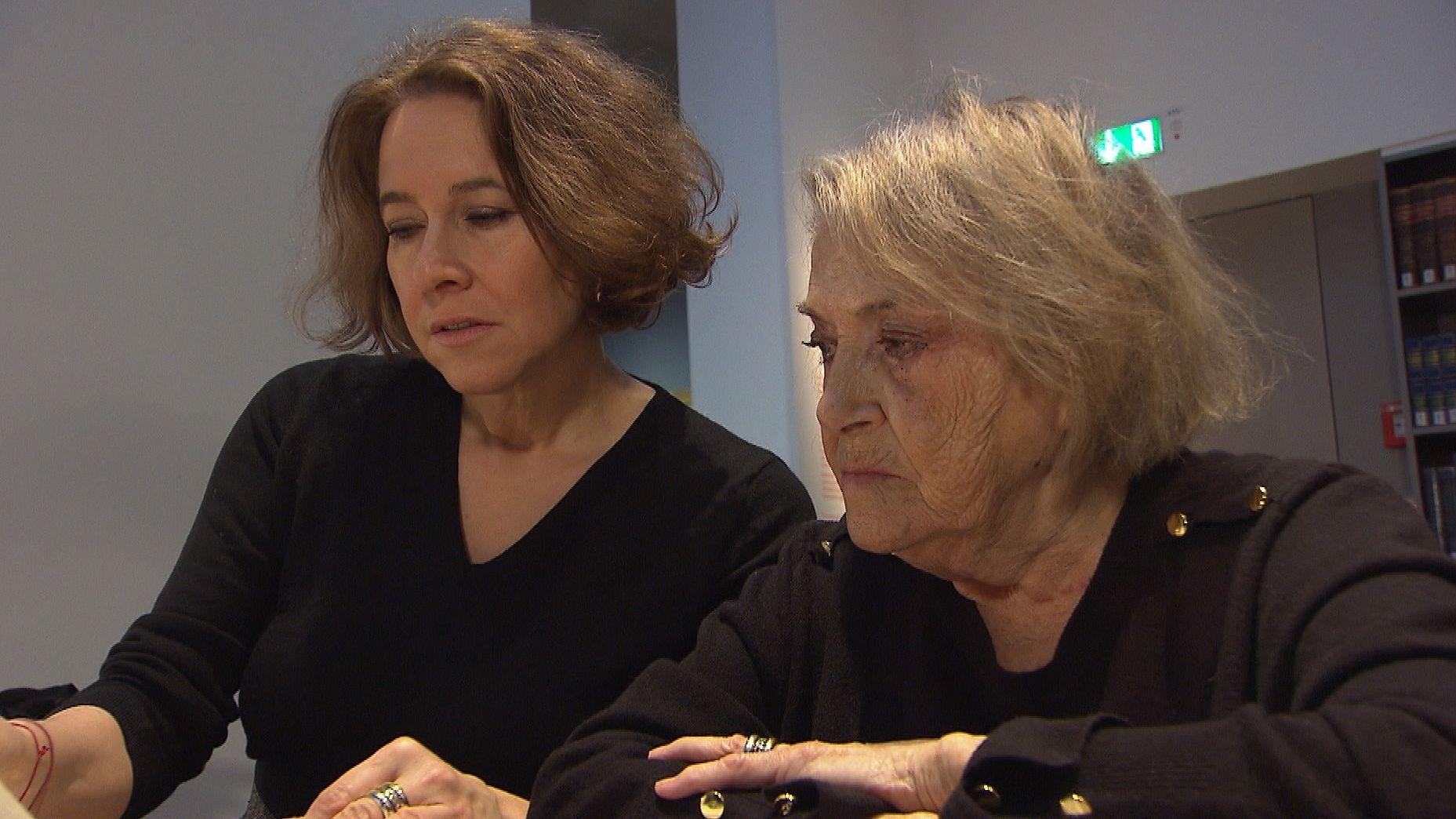 Viele Jahren hat Berthe Spiegelstein, gemeinsam mit ihrer Tochter Rena, darum gekämpft, als Holocaust-Überlebende Sozialhilfe zu bekommen.