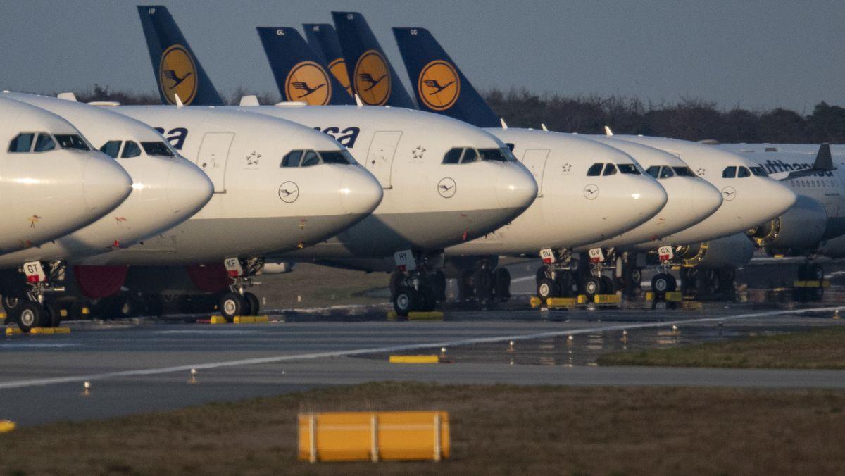 Lufthansamaschinen am Boden