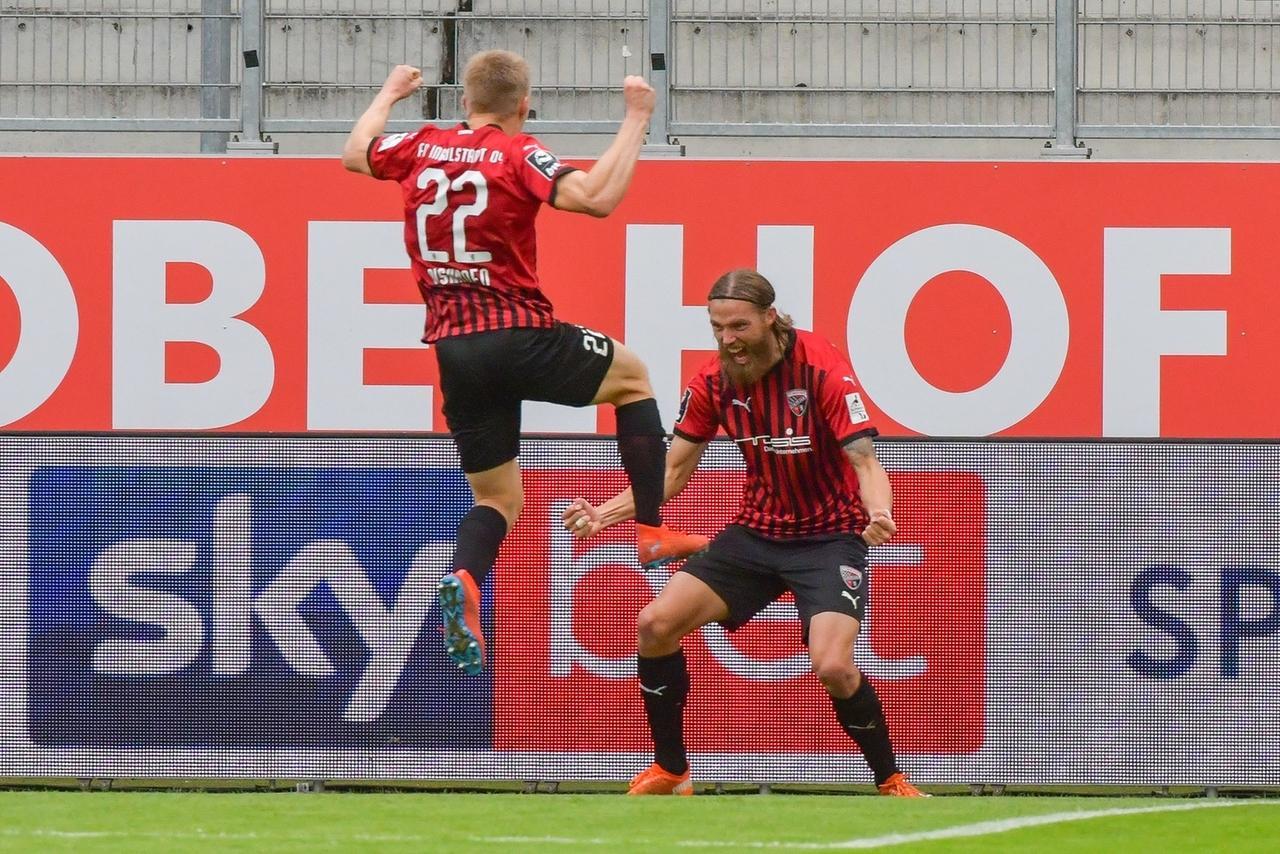 Jubelnde Spieler FC Ingolstadt