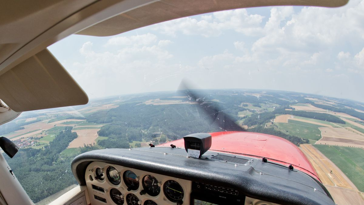 Aus dem Cockpit: Beobachtungsflug wegen Waldbrandgefahr