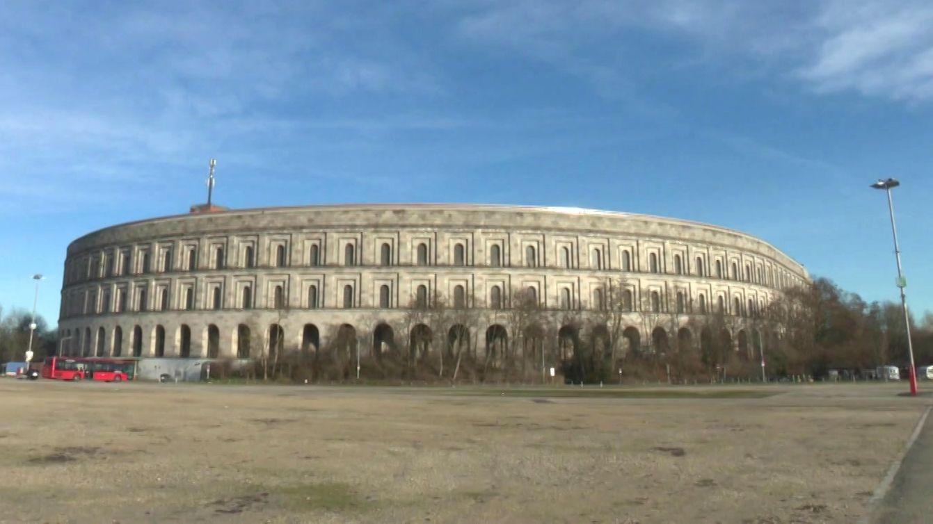 Die Kongresshalle auf dem ehemaligen Reichsparteitagsgelände in Nürnberg