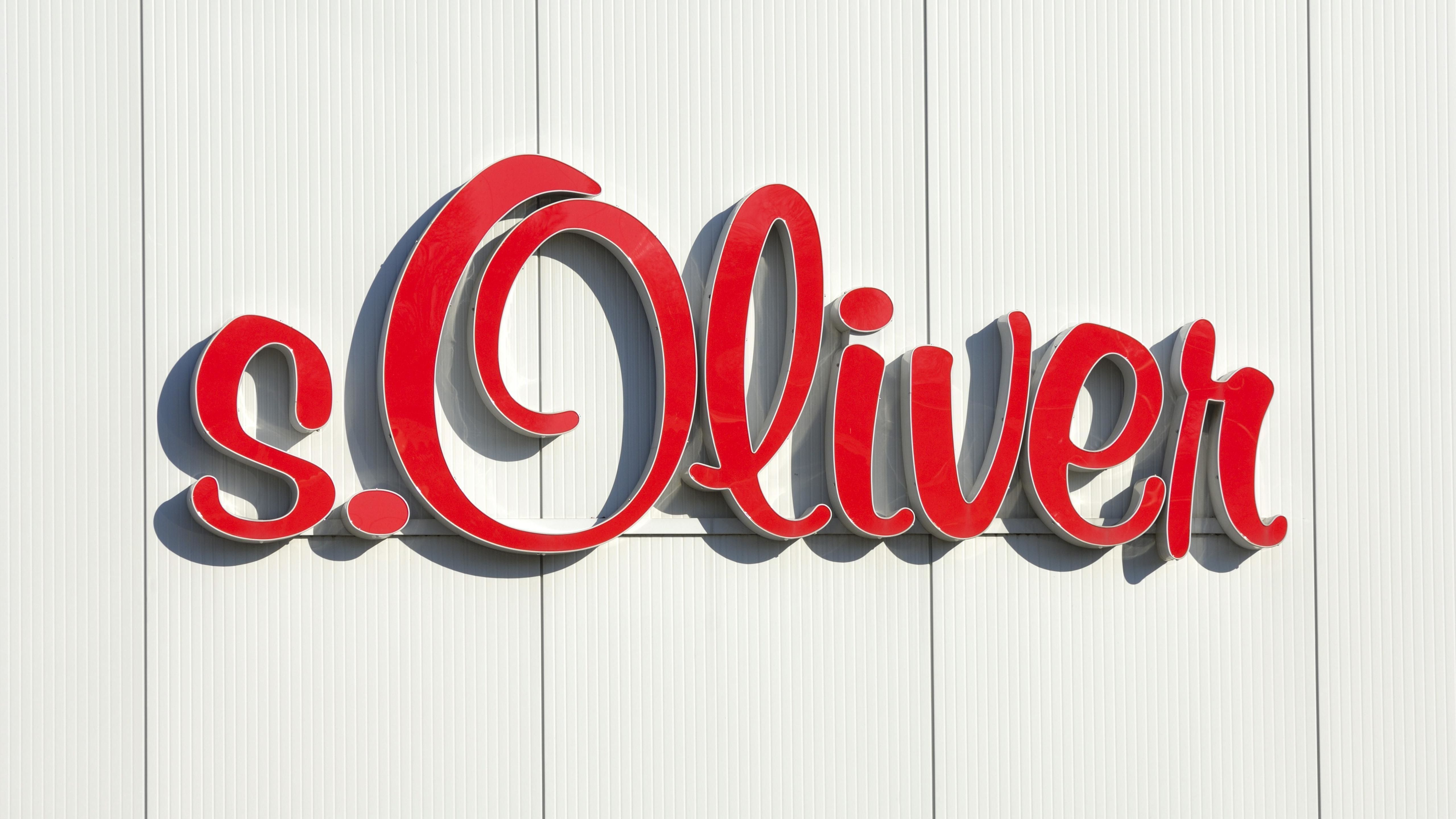s.Oliver-Schriftzug an Außenfassade (Symbolbild)
