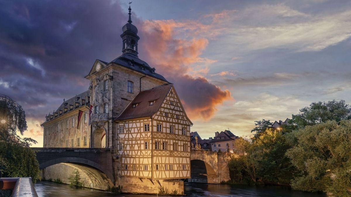 Ein Bamberger Hotel wehrt sich gegen die Maskenpflicht. (Symbolfoto Bamberg)