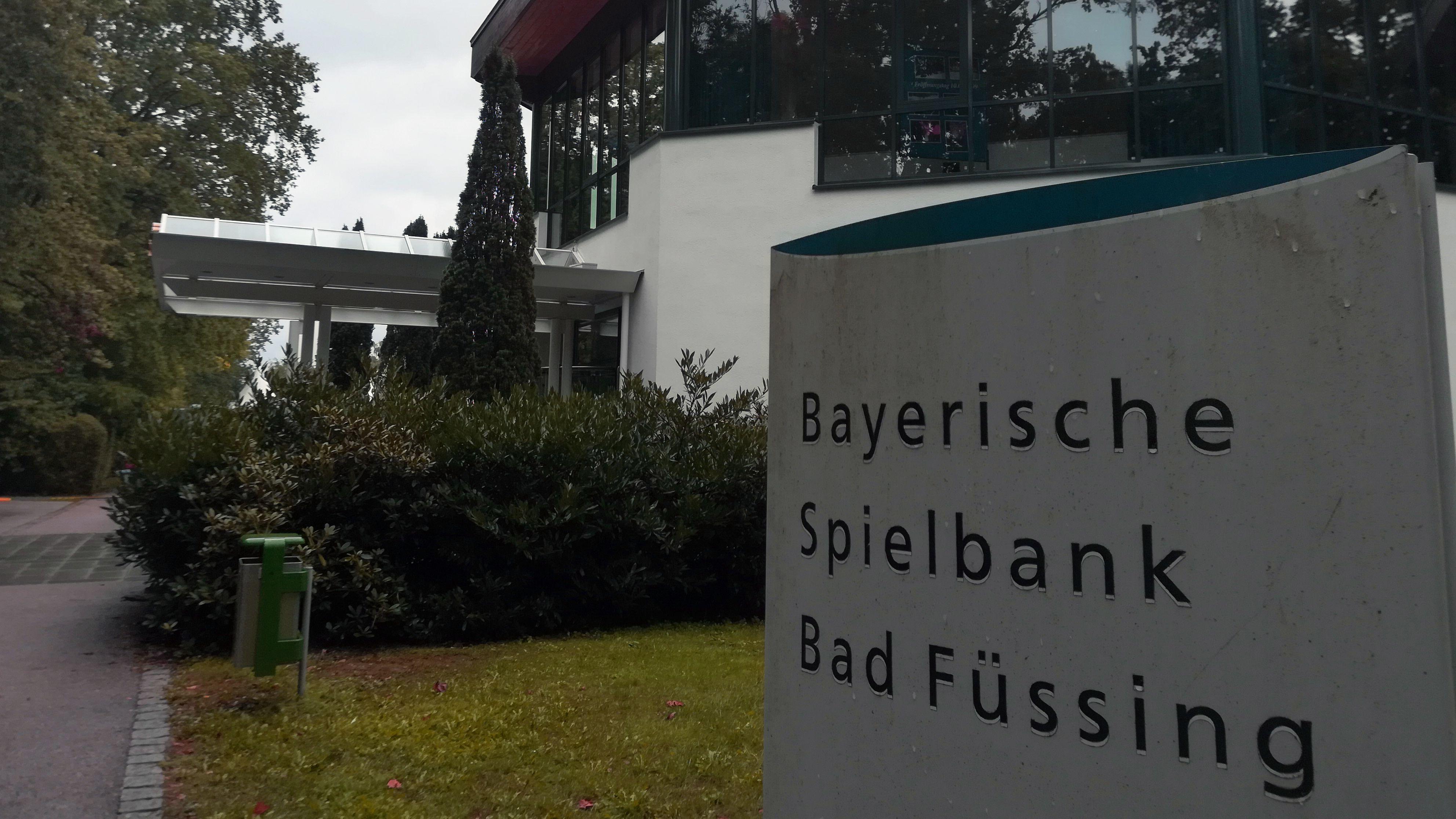Vor 20 Jahren öffnete die Staatliche Spielbank in Bad Füssing ihre Pforten. Mittlerweile kommen 90.000 Besucher pro Jahr.