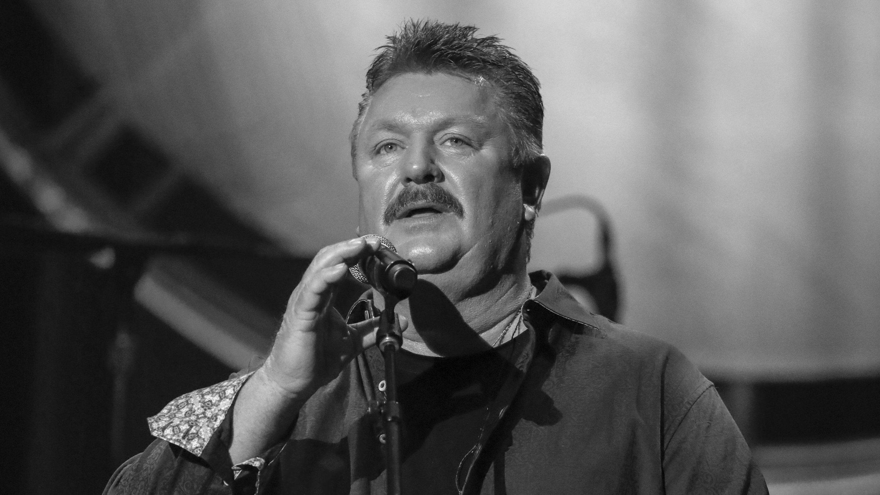 Countrysänger Joe Diffie ist an den Folgen des Coronavirus gestorben.