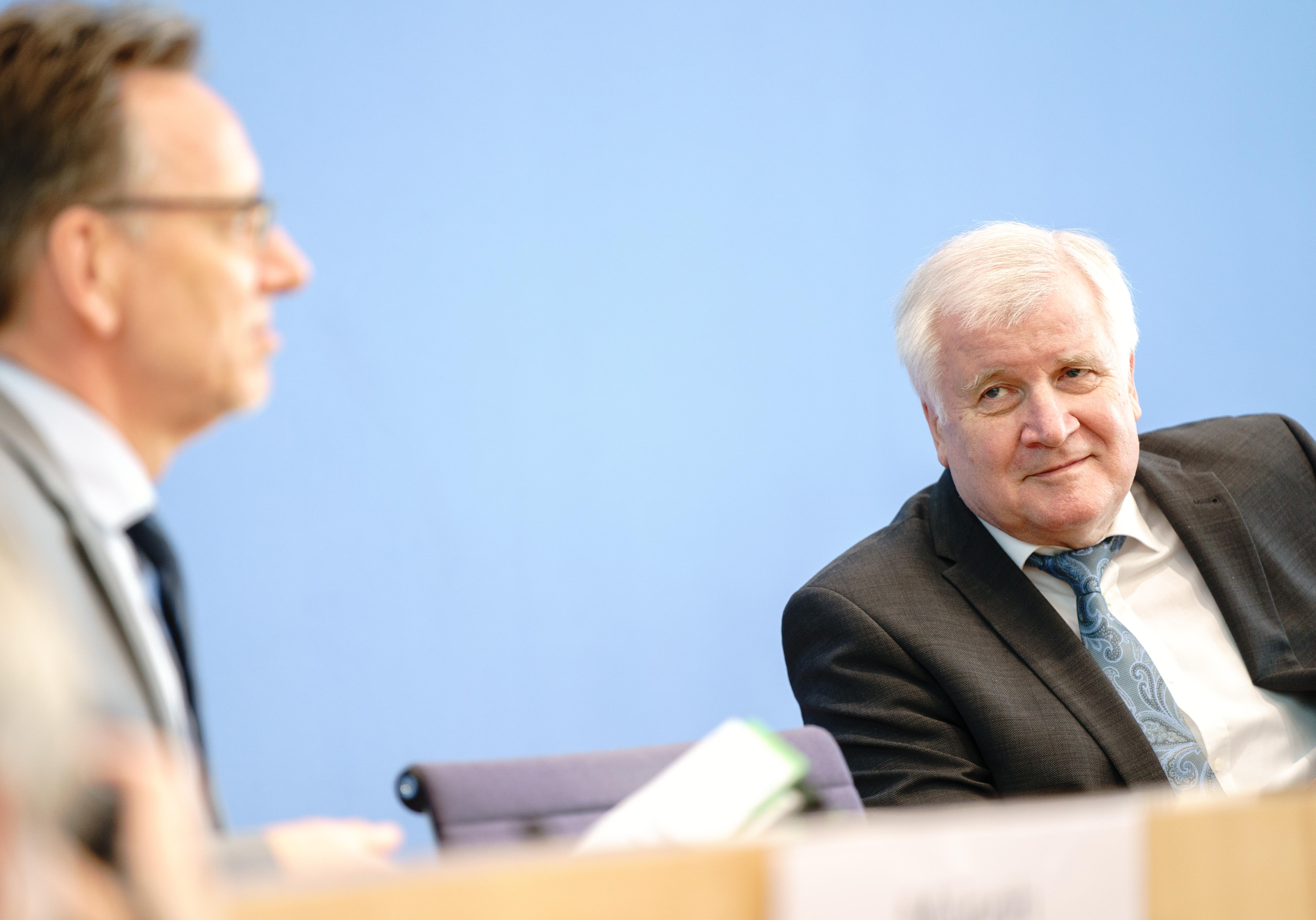 Bundesinnenminister in Quarantäne: Horst Seehofer mit Corona infiziert