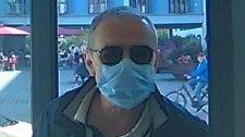 Mit falschen Kfz-Inseraten soll sich dieser Mann 600.000 Euro ergaunert haben, so die Polizei.
