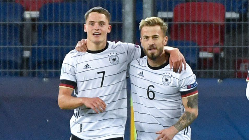 Die U21-Nationalspieler Florian Wirtz (links) und Niklas Dorsch