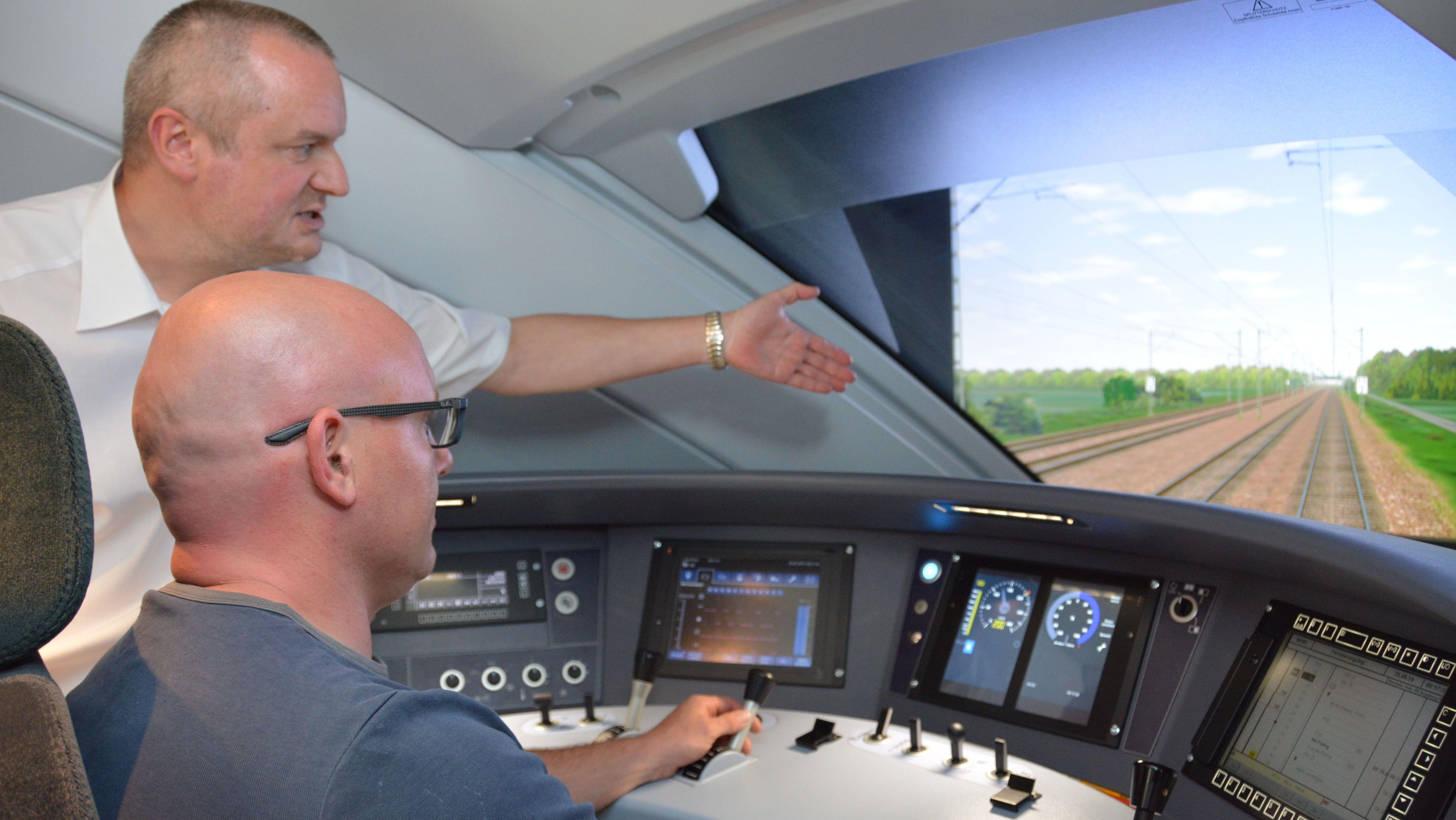 Schulung eines Lokführers im Simulator