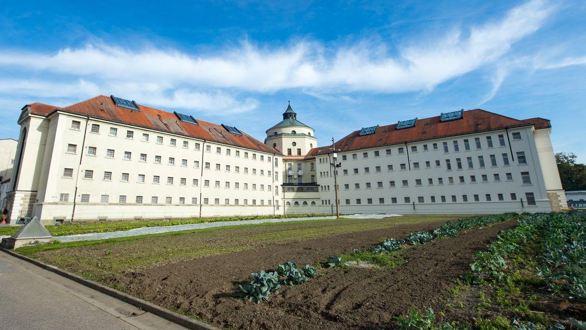 Die Zellentrakte der JVA Straubing