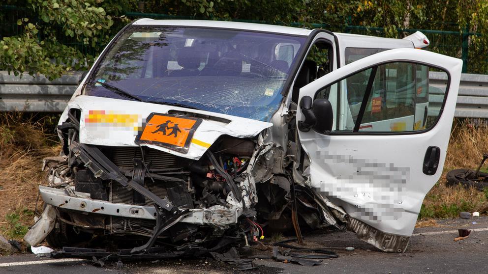 Verunglückter Kleinbus | Bild:News5