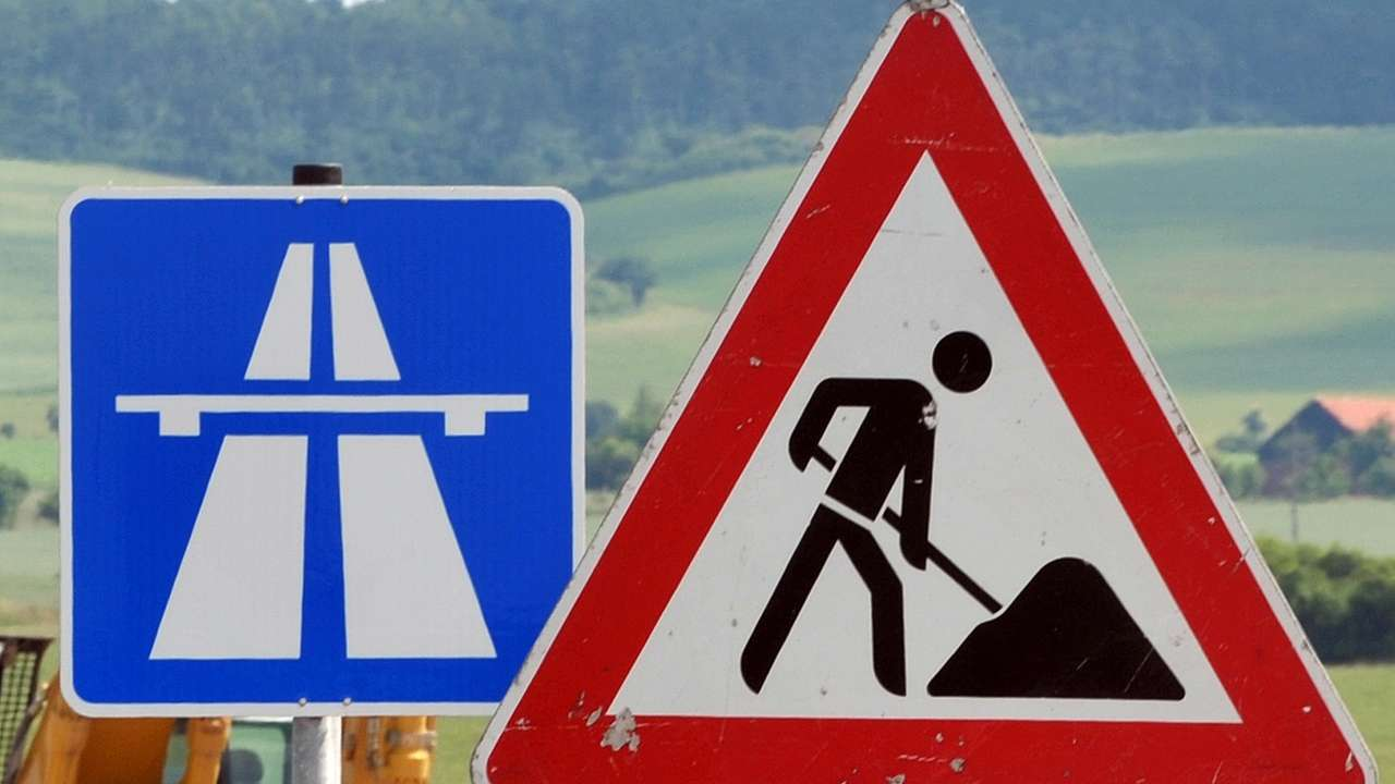 Bauarbeiten auf der Autobahn (Symbolbild)