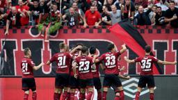 Jubelnde Nürnberger Spieler | Bild:picture-alliance/dpa
