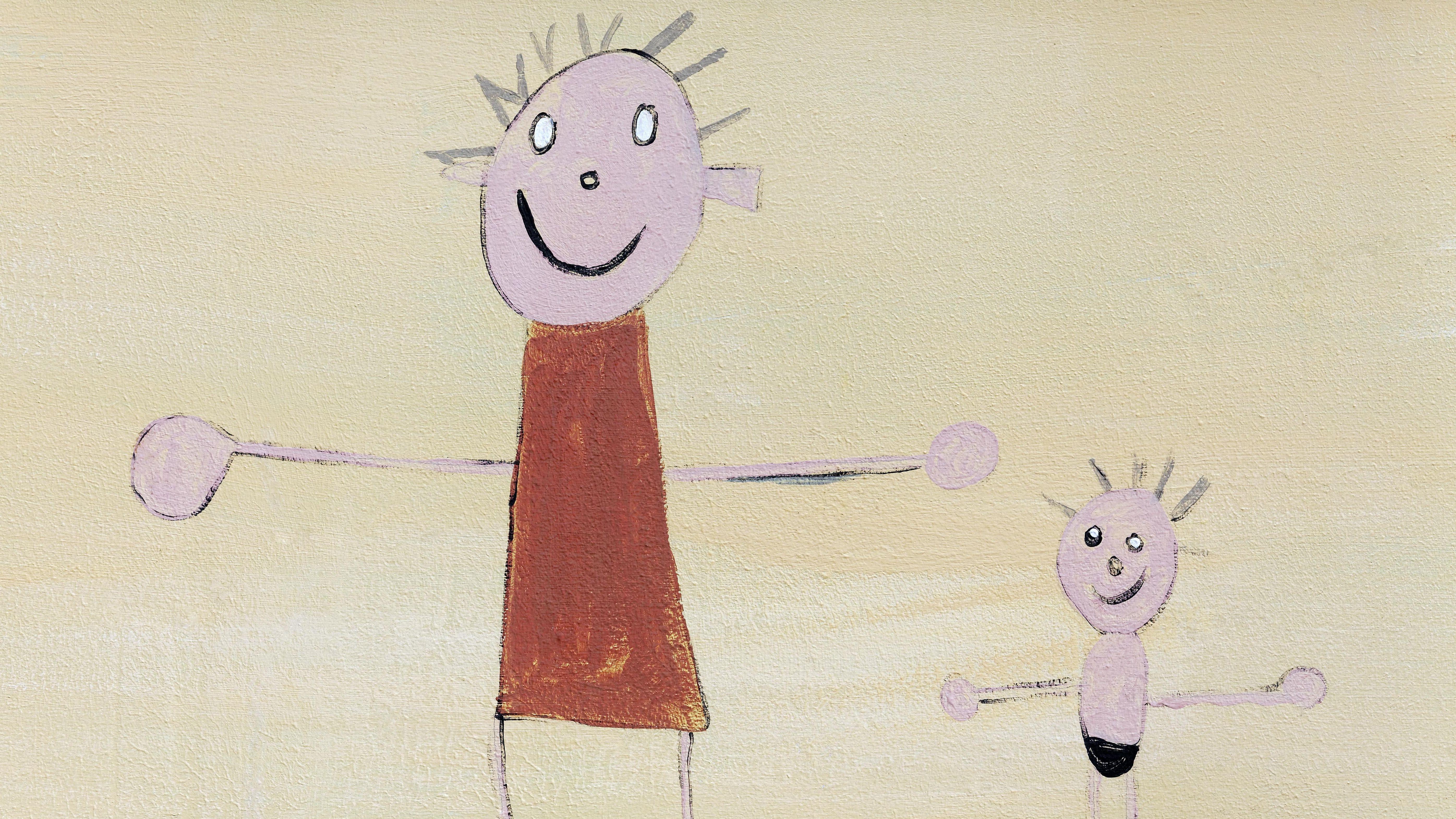 Kinderzeichnung mit Strichmännchen von einem Erwachsenen und einem Kind