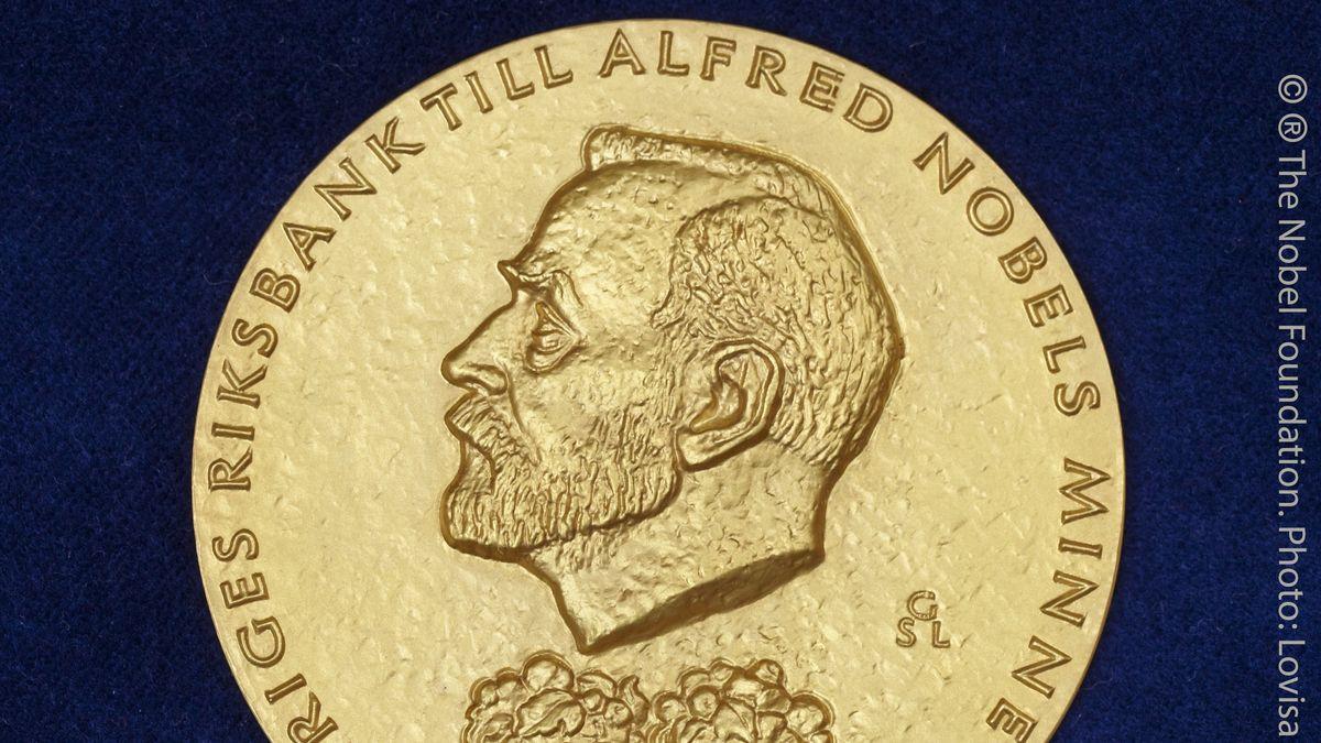 Die goldene Medaille, die mit dem Wirtschafts-Nobelpreis vergeben wird.