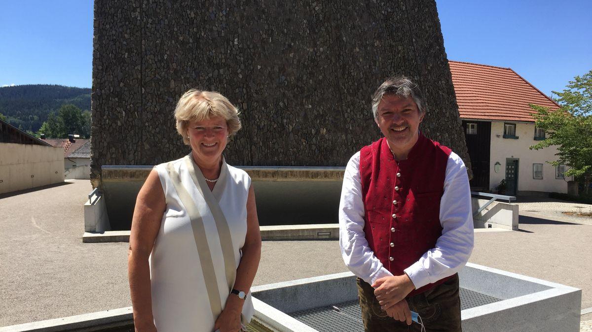 Kulturstaatsministerin Monika Grütters (l.) mit Konzerthausintendanten Thomas E. Bauer.