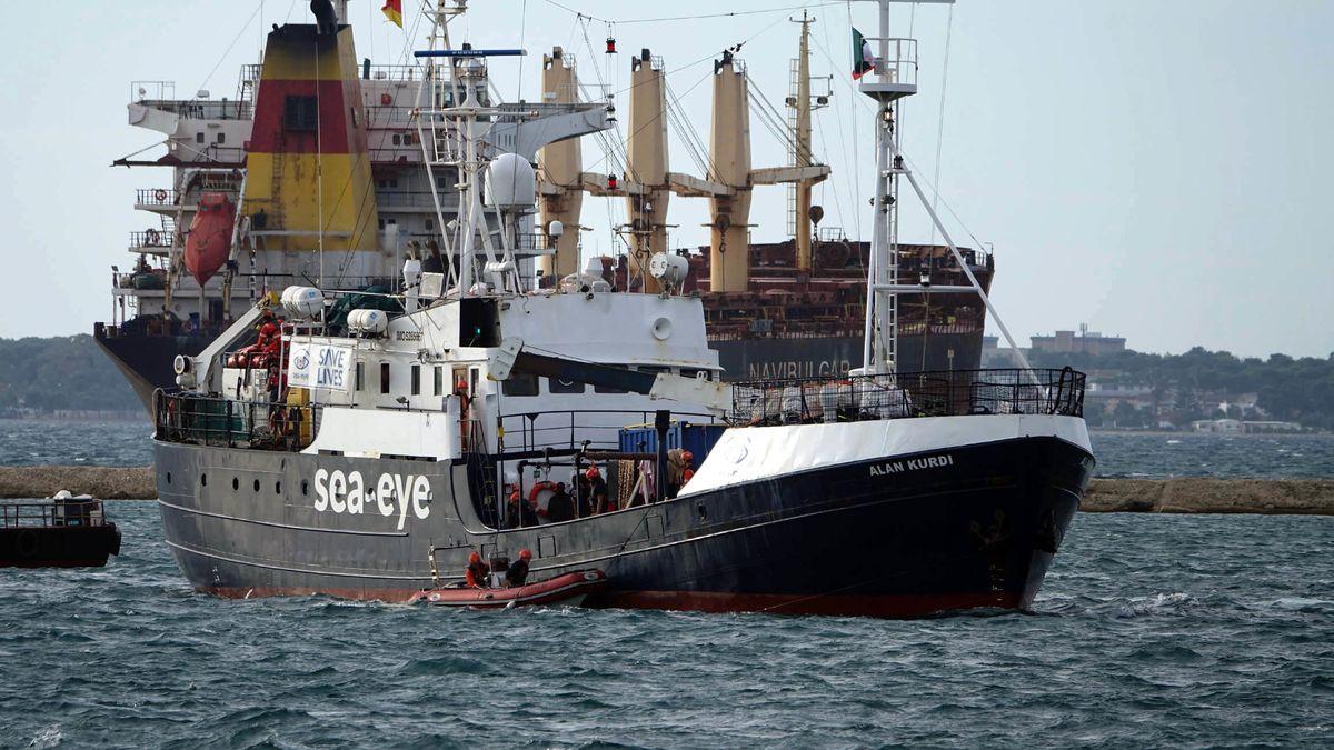 """Die """"Alan Kurdi"""" der Regensburger Rettungsorganisation Sea-Eye."""