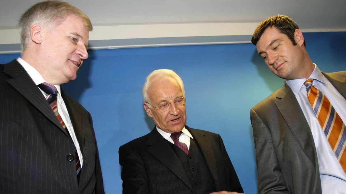 Vergangenheit und Gegenwart der CSU: Horst Seehofer, Edmund Stoiber und Markus Söder (v.l.n.r.) bei einer Sitzung des Parteivorstands 2007.