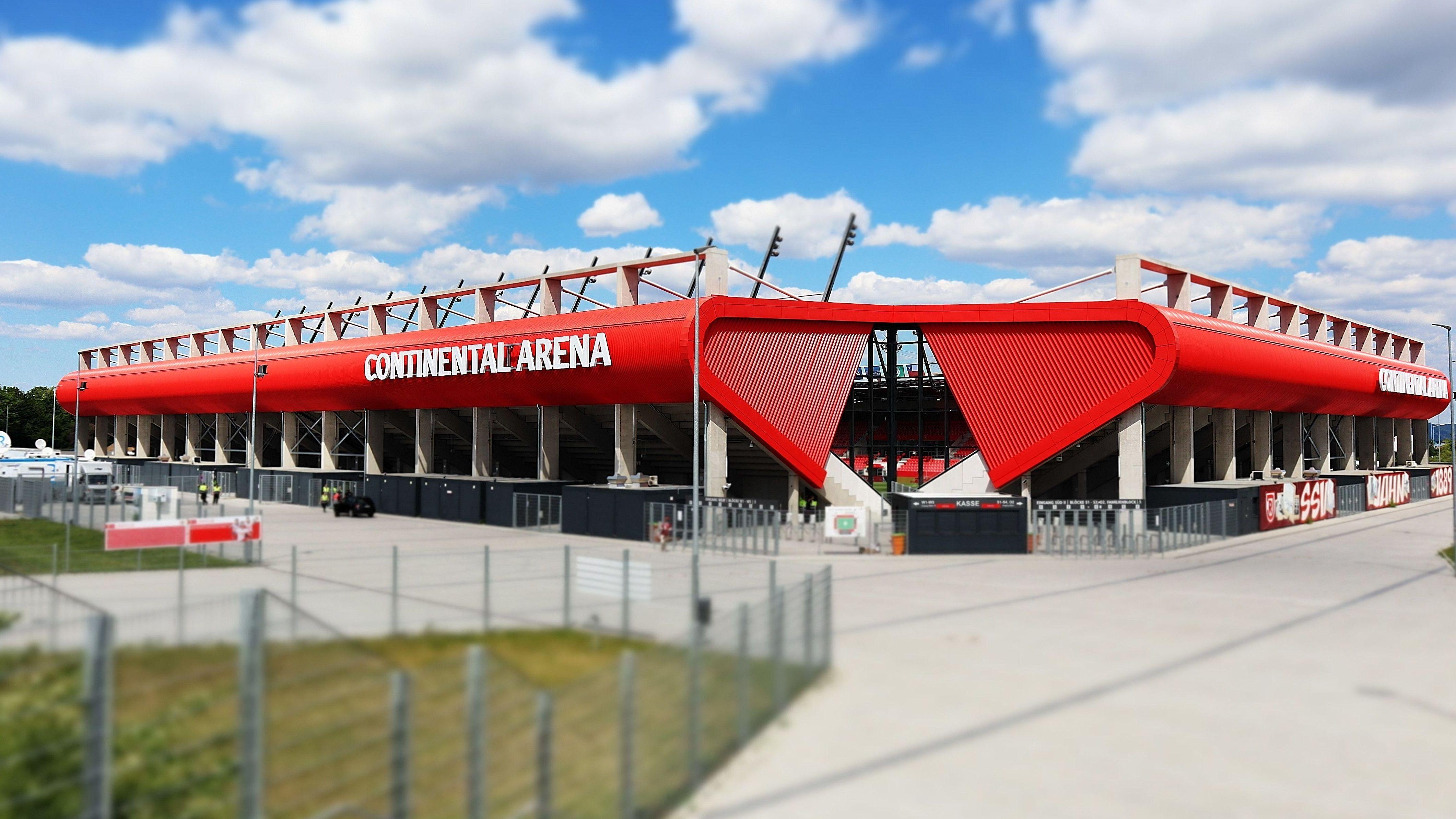 """Aktuell heißt die Arena noch """"Continental Arena"""""""