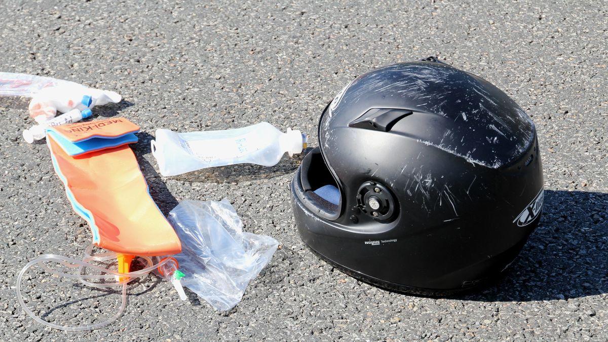 Unfall auf der Straße (Symbolbild)