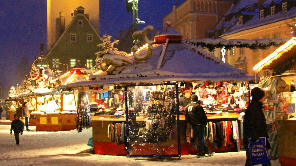 Auf dem Straubinger Christkindlmarkt