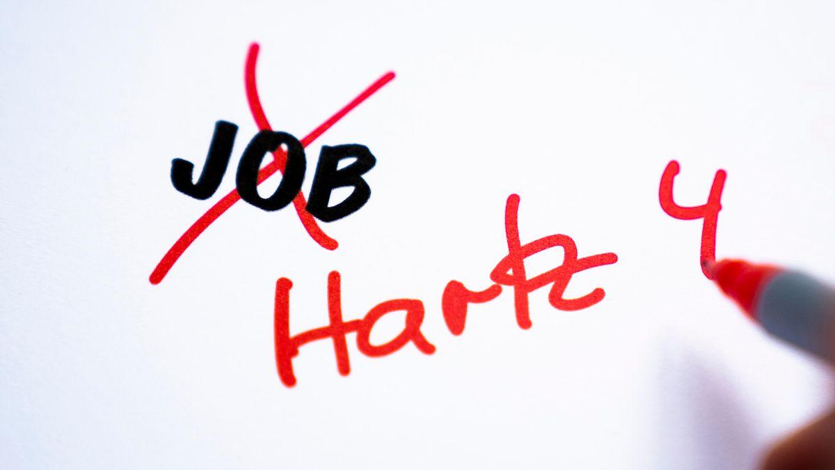 Symbolfoto von Jobverlust oder Arbeitsverlust nach oder in waehrend der Corona Pandemie