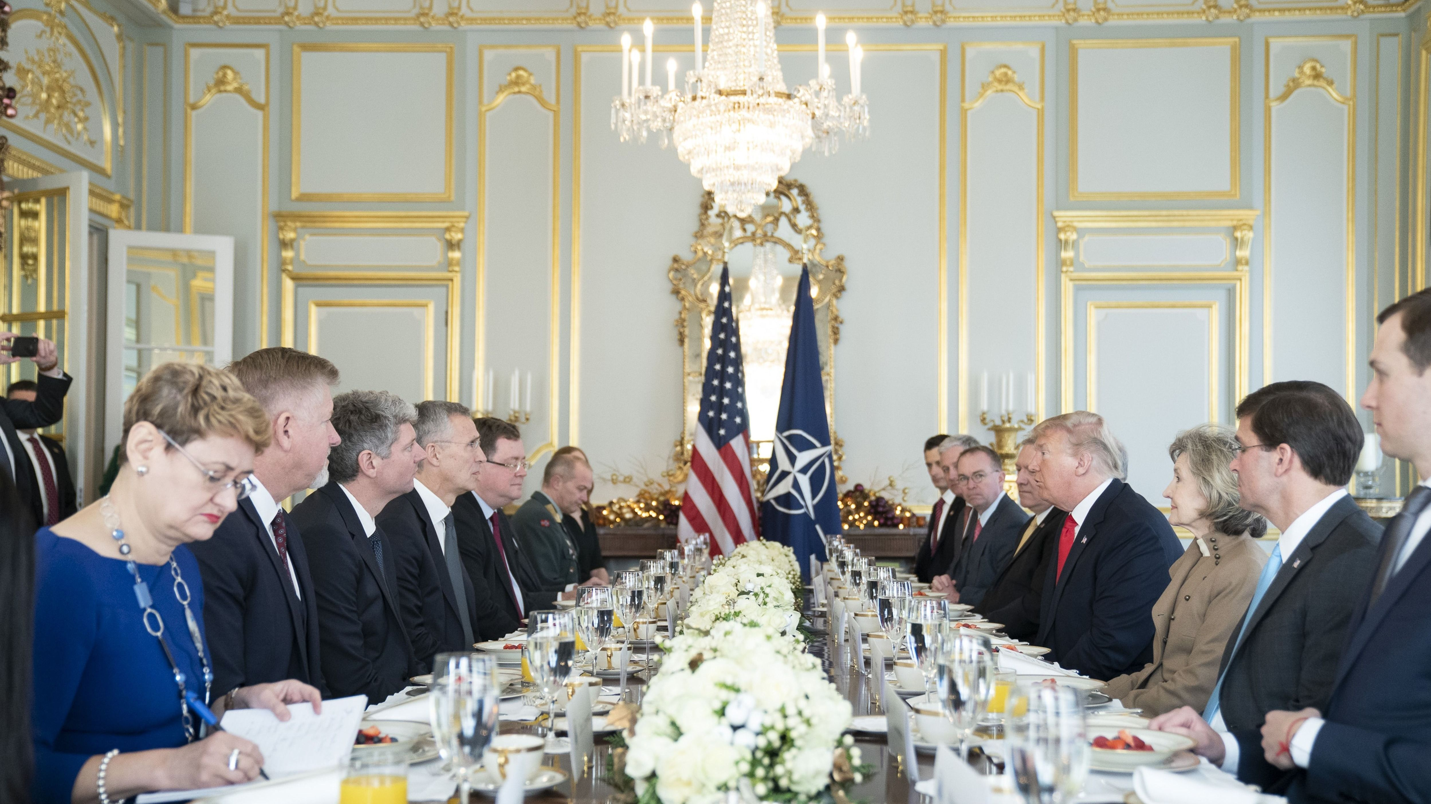 Treffen zum Frühstück: US Präsident Donald Trump und NATO-Generalsekretär Jens Stoltenberg