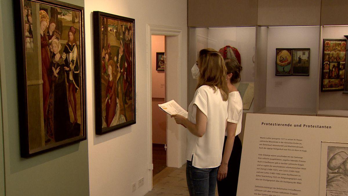 Diese beiden Kirchengemälde aus dem 15. Jahrhundert in der Dauerausstellung des Stadtmuseums gelten auch als Verdachtsfälle.