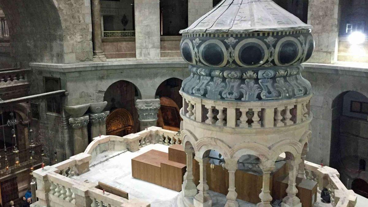 Die Ädikula in der Jerusalemer Grabeskirche