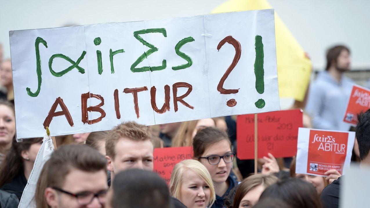 Proteste gegen Mathe-Abitur