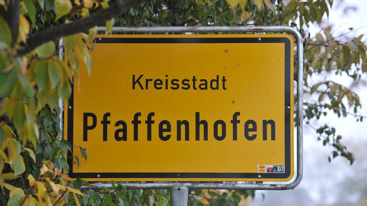 Ortsschild Pfaffenhofen