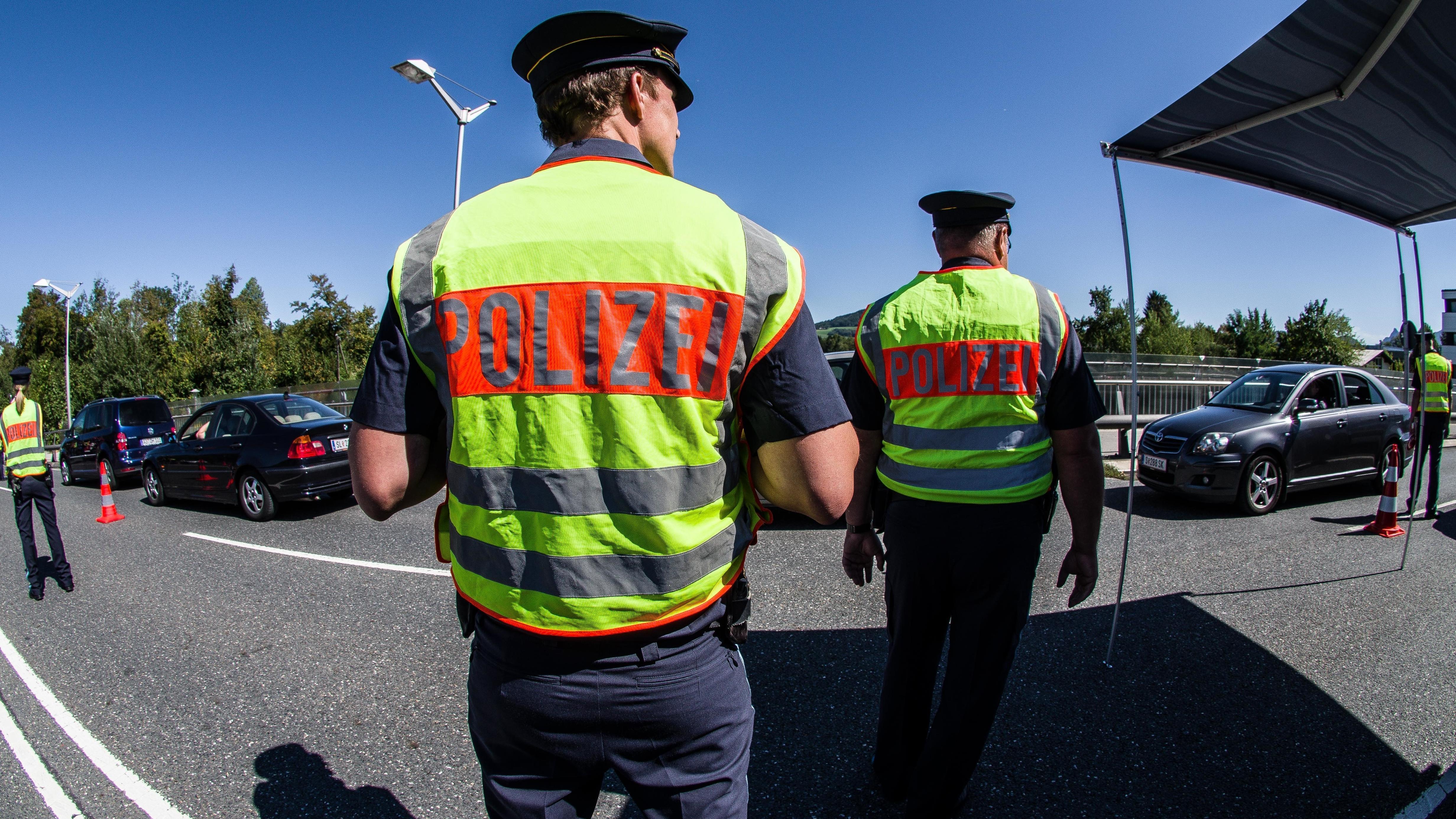 Grenzkontrollen an der Saalbrücke in Freilassing
