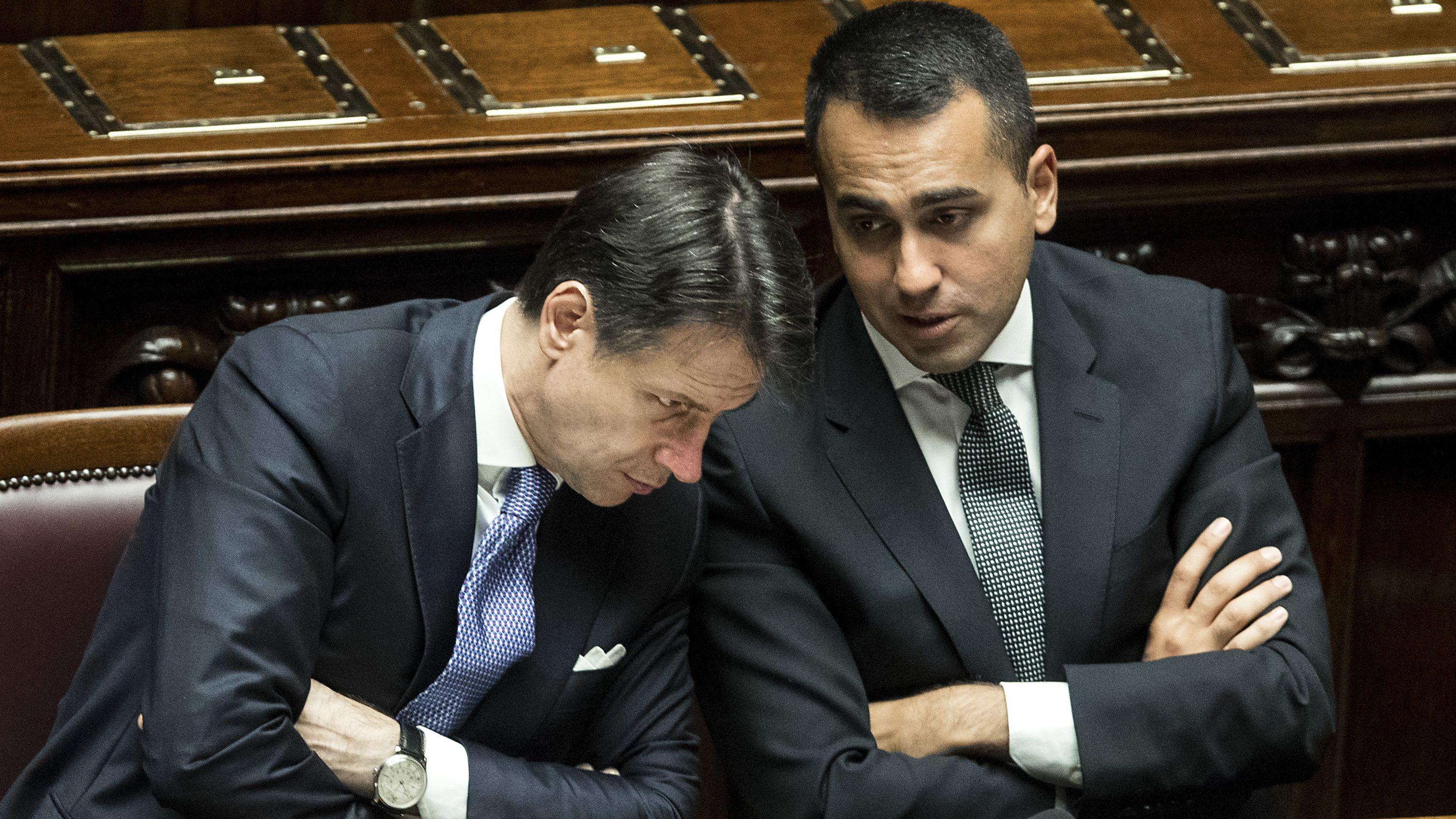 Giuseppe Conte und Luigi di Maio in der Abgeordnetenkammer.