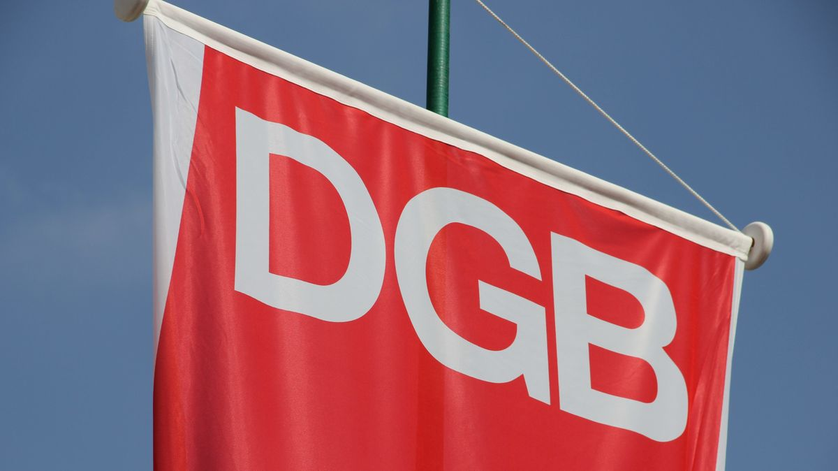 DGB-Fahne (Symbolbild)