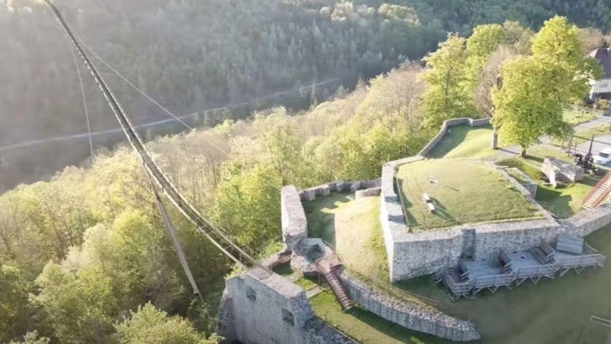 Die geplante Fußgänger-Hängebrücke über das Lohbachtal im Frankenwald