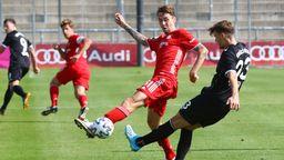 Spielszene FC Bayern II - Türkgücü München