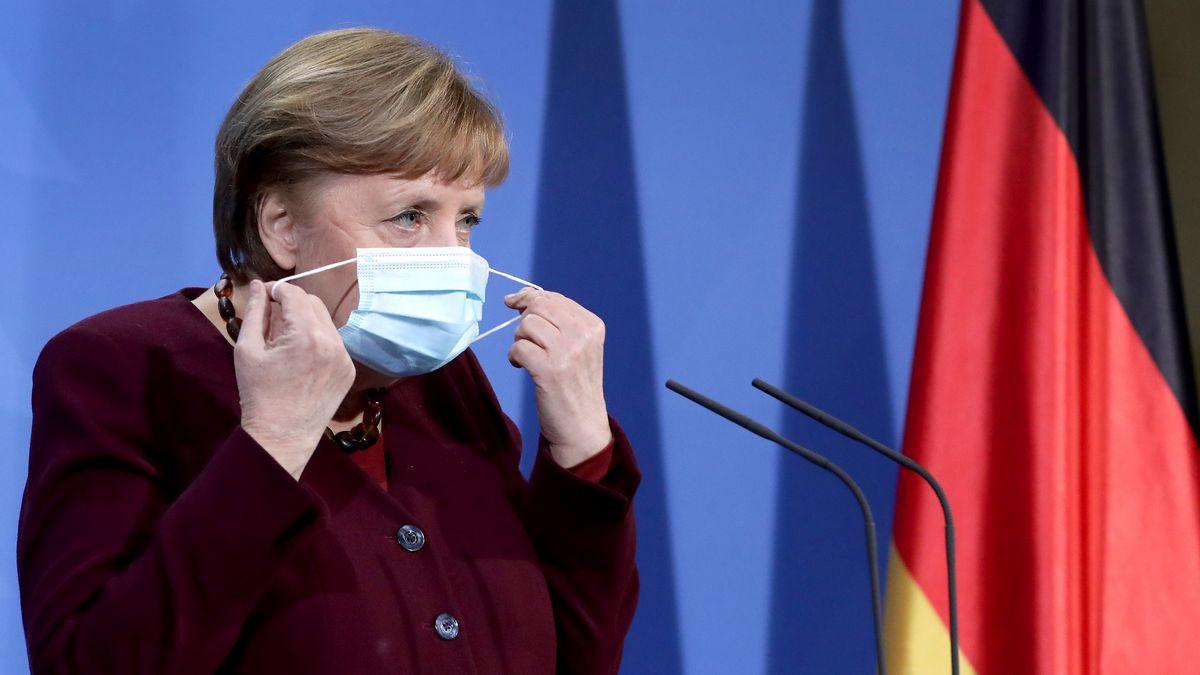 Angela Merkel bei der PK.