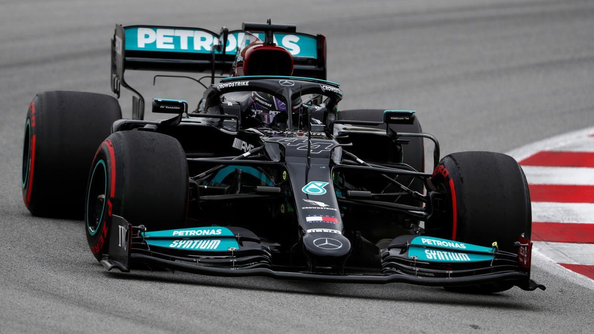 Lewis Hamilton auf dem Kurs in Barcelona