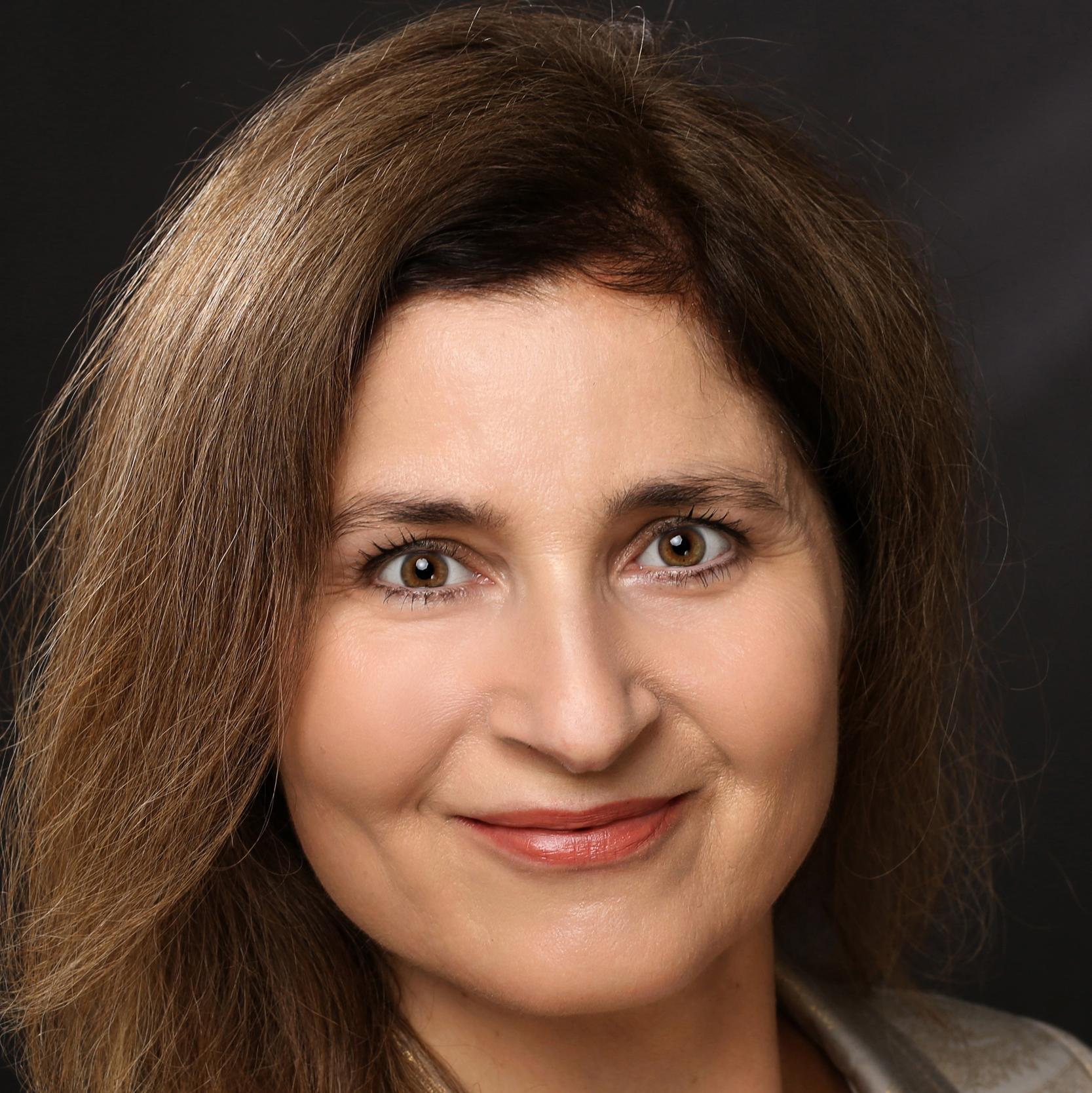 Iris Tsakiridis