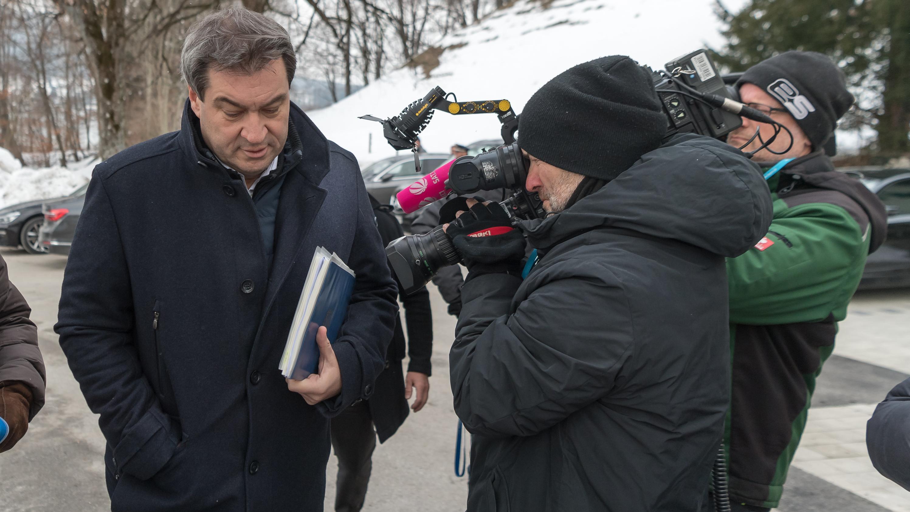 Söder will im Streit um das bayerische Familiengeld mit einer Klage gegen den Bund eine rechtliche Klärung erreichen