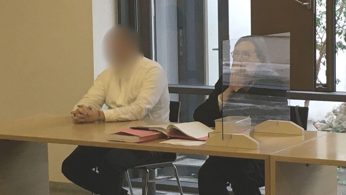 Angeklagter Priester bestreitet sexuellen Missbrauch von Kindern