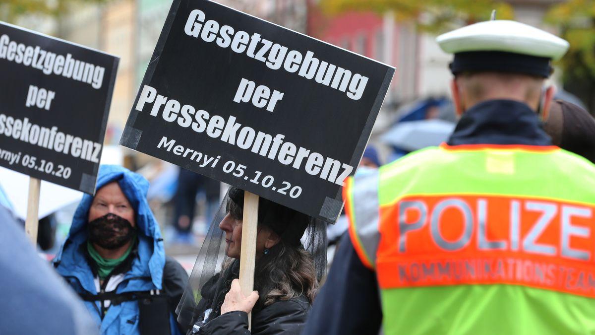 Demonstranten auf dem Münchner Gärtnerplatz