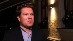 SPD-Bundestagskandidat Florian Post äußert sich fast schon geschockt über die Entscheidung der Bundeskanzlerin, den Chef des Verfassungsschutzes Hans-Georg-Maaßen abzulösen und ihn gleichzeitig zum Staatssekretär zu befördern. | Bild:BR24