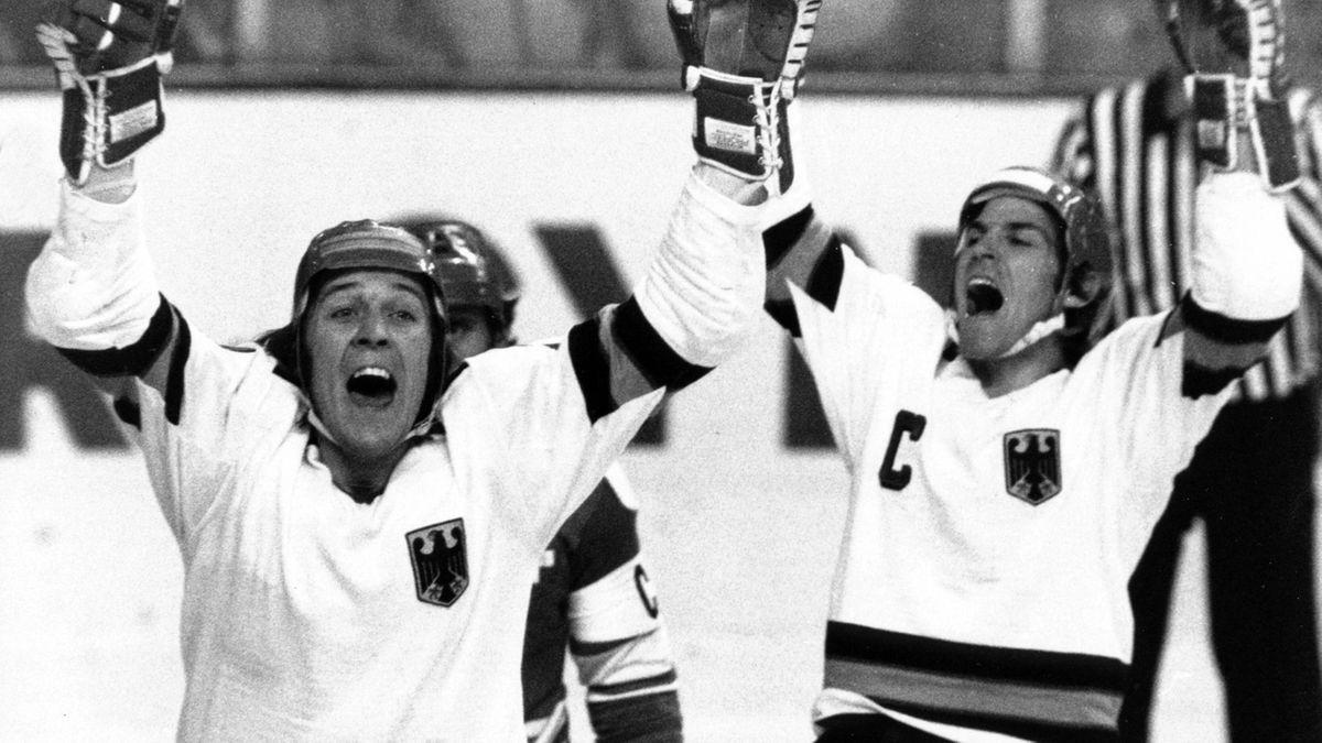 Eishockeylegende Erich Kühnhackl (links)