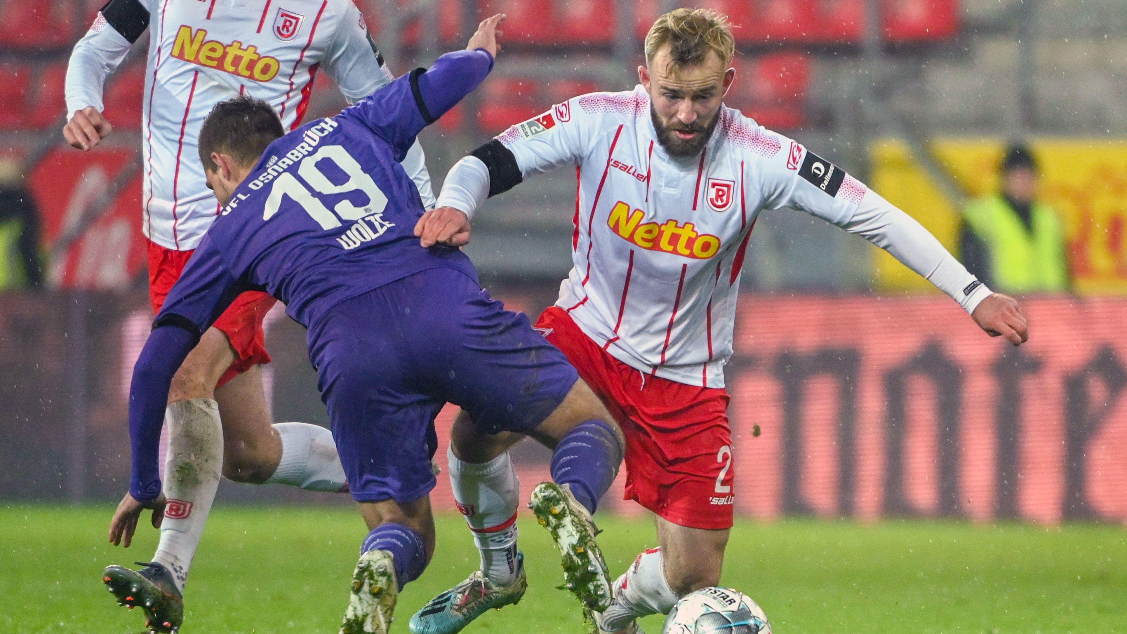 Spielszene Jahn Regensburg - VfL Osnabrück