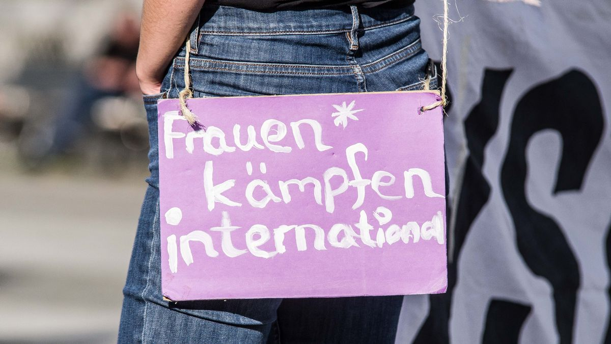 'Women fight internationally'' worn by a demonstrator in Munich, Germany against Turkey's withdrawal by decree from the Istanbul Convention.