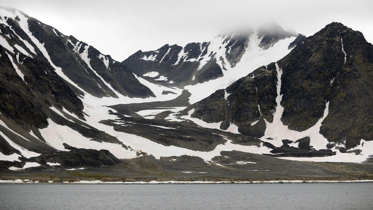 Archivbild: Küste vor Spitzbergen