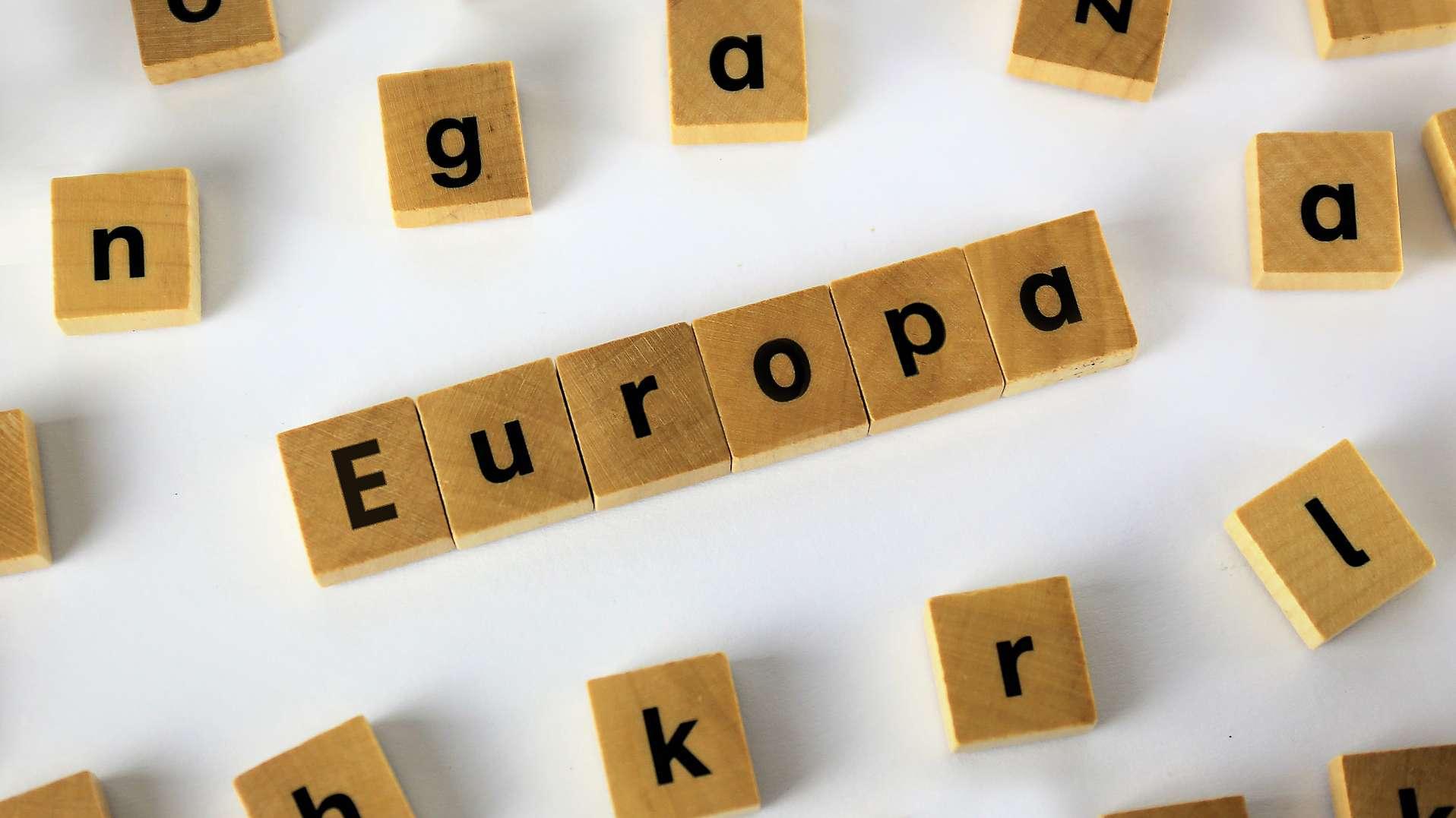 """Schriftzug """"Europa"""""""